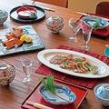 お正月用食卓お肉鮭お椀松のお飾り