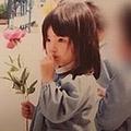 道重さゆみ25年前の「園児写真」に絶賛 「子どもの頃から完成してる」