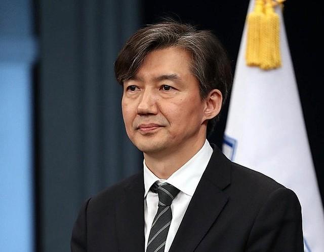 辞任「遅い」?改革に「一定の成果」? 法相辞任で韓国メディア「温度差」なおも