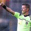 セリエAの試合が人種差別で3分間中断 FIFA会長「追放すべき」