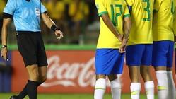 本田よ、これがブラジルだ!主審をダマす「身代わり術」がこれ