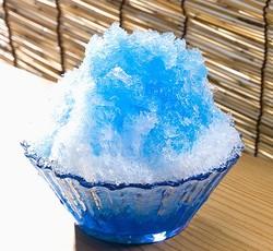 「かき氷のブルーハワイは何の味?」が話題に
