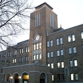 北海道大学(T DMYさん撮影、Wikimedia Commonsより)
