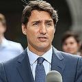 カナダの首都オタワで記者会見を行うジャスティン・トルドー首相(2019年9月11日撮影)。(c)Dave Chan / AFP