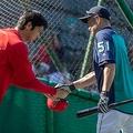 エンゼルス・大谷翔平(左)、マリナーズ・イチロー【写真:AP】