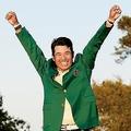 アメリカ男子ゴルフ「マスターズ」で初優勝(写真/アフロ)