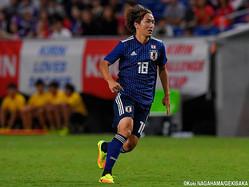 後半30分から途中出場し、代表デビューしたMF天野純