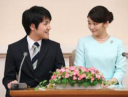 小室さんの行動に「皇室利用」の疑念(撮影/JMPA)