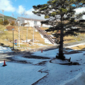 スキー場に雪なく下手したら倒産