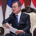 文在寅韓国大統領は6月末のG20大阪サミットで来日する(写真は昨年9月の日韓首脳会談の様子。時事通信フォト)