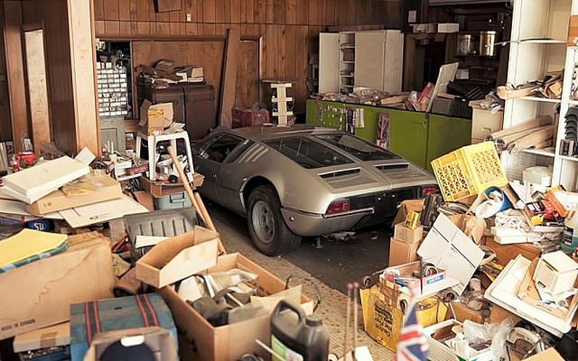 [画像] 廃墟に眠っていたのは驚きの名車たち?!│デ・トマソ、ランボルギー二、ジャガー