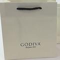 ゴディバの日本事業売却へ 三菱商事1次入札に参加もコメント控える