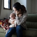 子どもを持つと幸福度が下がる「親ペナルティ」公的支援が不可欠