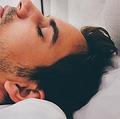 男女に共通する原因 睡眠時間と薄毛・抜け毛の密接な関係とは?