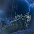 乗組員不在のまま1年以上も漂流 巨大「幽霊船」がアイルランドに