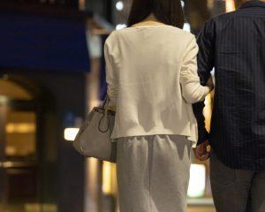 同棲して半年でコロナ禍のカップル。秘密の社内恋愛が招いた誤算とは