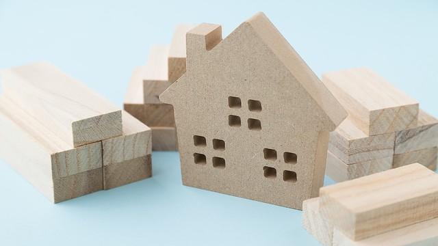 コスパ最強で節税効果に期待も 木造賃貸住宅を建てるメリット