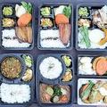 10種類以上の豊富なお弁当は、いずれも野菜の主張が強い。値段も500円台〜と手ごろ(一部店舗は平日のみの販売)