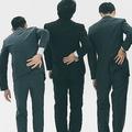 「歩き方」に傾向?仕事で腰痛になる・ならないの境界線