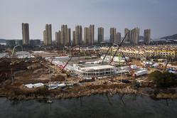 武漢市内に突貫工事で建設されている病院(Photo by gettyimages)