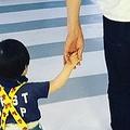 千原ジュニア、長男との親子写真に反響「見慣れない感がすごい」