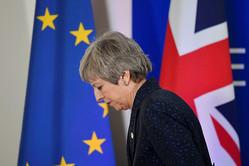 英首相に早期辞任圧力、離脱協定案巡り与党内で強い反発