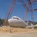 NASAとFAAが飛行機の実機で墜落実験「厳しいが乗客の生存は可能」