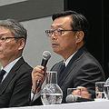 セキュリティ対策プロジェクト総責任者のセブン&アイHD後藤克弘副社長(中央)