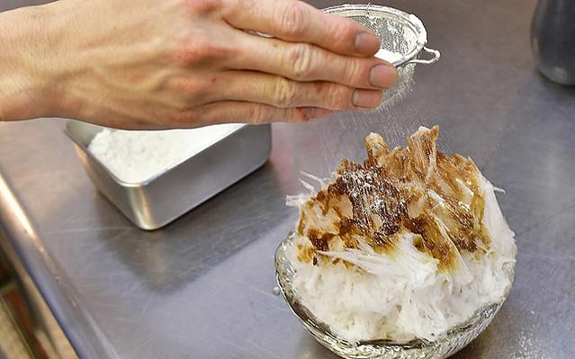 かき氷】パティシエの神様が生んだ究極の夏スイーツ!東京・赤坂のホテルニューオータニ「KATO'S DINING & BAR」の贅沢かき氷 -  Peachy - ライブドアニュース