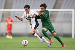 東京Vの再開初戦は1−1のドローに。町田と勝点1を分け合った。写真:金子拓弥(サッカーダイジェスト写真部)