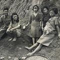 中国で韓国人の日本軍慰安婦を写した写真。右端がパク・ヨンシムさん(ソウル市・ソウル大研究チーム提供)=(聯合ニュース)