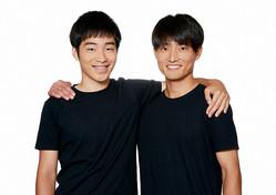 ジャルジャルの福徳秀介(右)と後藤淳平