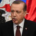 トルコの軍事クーデター(未遂)から間一髪で生き延び、権力の座を死守したエルドアン大統領