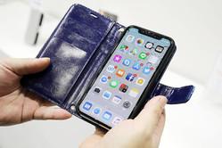 iPhoneをワイヤレス充電できる手帳ケース「アシストノート」はビジネスで成功するためのアイテム
