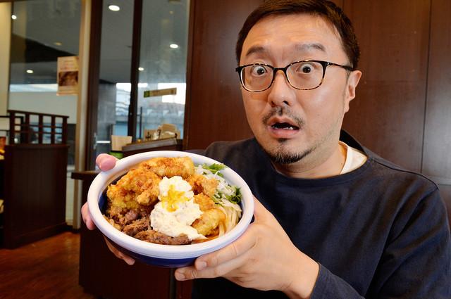 肉好き、がっつり好きにはたまらない! 丸亀製麺「漢気!牛肉タル鶏天ぶっかけうどん」を最速レビュー