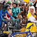 「全米で最も住みたい街」のポートランド 1万人が全裸で自転車漕ぐ理由