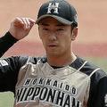 ロッテ−日本ハム。4回、登板した日本ハムの斎藤佑樹投手=2020年6月4日、千葉・ZOZOマリンスタジアム