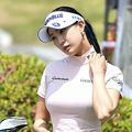 美女ゴルファー、ユ・ヒョンジュに災難…韓国女子ツアー第2戦出場も首を痛め途中棄権【PHOTO】