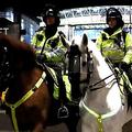 警察の馬を殴ったサポーター逮捕【写真:Getty Images】