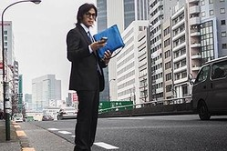 B'z稲葉浩志 渋谷での自撮り姿公開に「神が降臨」と大反響