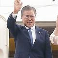 9月1日、東南アジア3ヵ国歴訪に出発する文氏。文氏は2日、タイの首相と会談し、GSOMIAを締結した