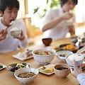 日本を訪れた中国人は、中国と比較すると「日本人は大人も子どももスマートな体型の人が多い」と感じられるようだ。(イメージ写真提供:123RF)