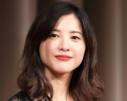 ドラマ「最愛」で高校生姿を披露 吉高由里子に「違和感ない」の声