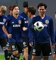 ともにチリ戦の出場を目指す伊藤(写真左)と南野。アピールはできるか。写真:山崎賢人(サッカーダイジェスト写真部)