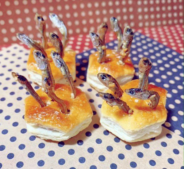 [画像] 「パイの実」で作ったイギリスの料理「スターゲイジーパイ」の見た目が強すぎる