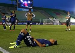 メキシコ戦に敗れ、悔しさに暮れたU-17日本代表の選手たち。この経験を次のステージで活かしてほしい。(C) Getty Images
