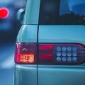 路上で「ヤバイ車」に遭遇したときの対処法 自分から離れるのが一番か