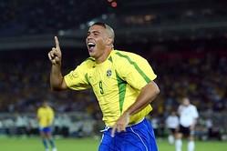 元ブラジルFWロナウド氏、最も苦戦したDFを明かす「キャリアに良い衝撃を与えてくれた」