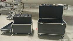 カルロス・ゴーン被告が日本から出国する際に隠れたとされる箱。トルコ・イスタンブール警察提供(2020年1月8日提供、資料写真)。(c)AFP PHOTO / Istanbul Police Department