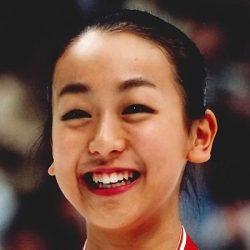 浅田真央、アイスショーで初見せした美バストが姉・舞を脅かしかねない!